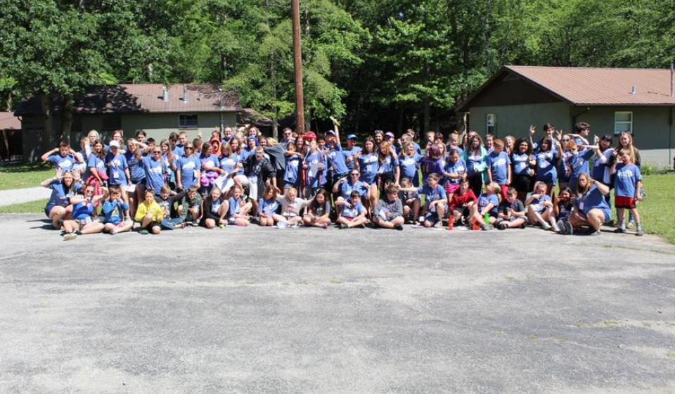 2019 4-H Summer Camp group picture of all Whitley County 4-H Youth and Volunteers at JM Feltner 4-H Camp in London, KY.
